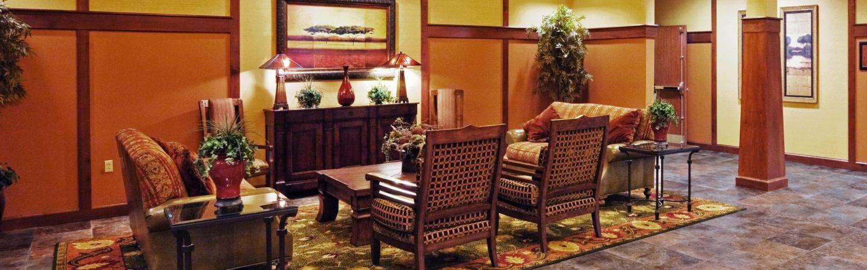 holiday inn express seating area near main lobby
